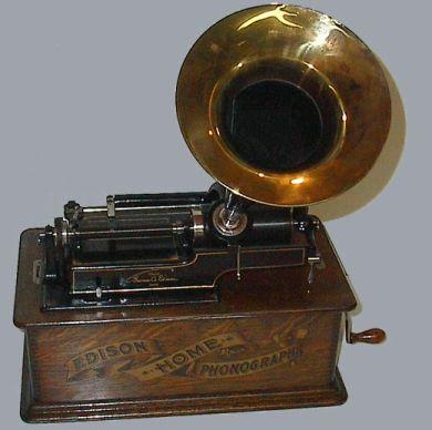 El Fonógrafo, para escuchar música marcada por el tiempo