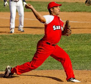 Cienfuegos baja de nuevo al segundo puesto del béisbol cubano