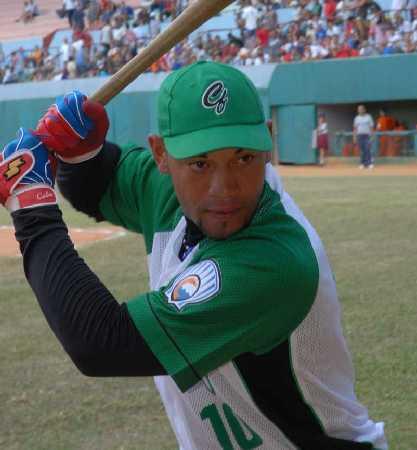 Cienfuegos le gana de nuevo a Isla de la Juventud en el béisbol cubano
