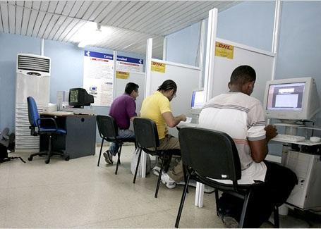 Cuba amplía el servicio público de acceso a Internet
